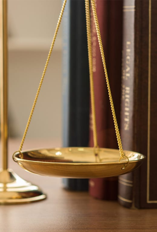 scales-of-justice-and-law-books